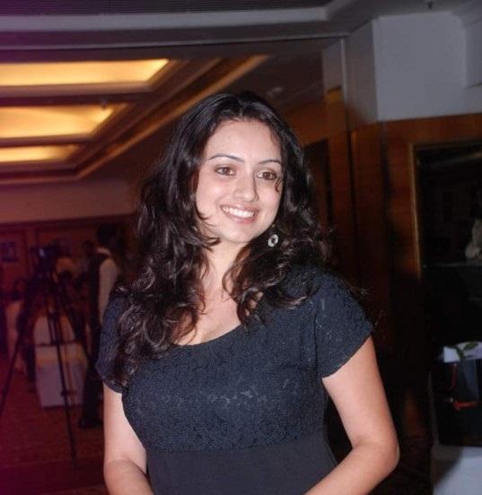 shruti-marathe-marathi-actress-in-saree-latest-photo-shoot5