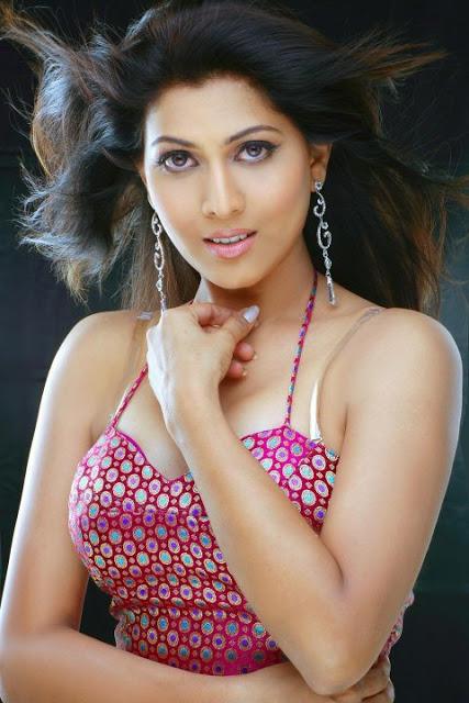 Madhavi Nimkar marathi movie actress