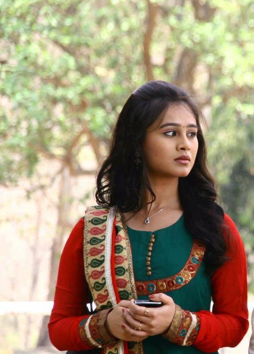 Mrunal dusanis marathi actress pictures mrunal dusanis marathi actress marathi unlimited8 thecheapjerseys Choice Image